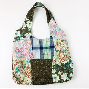 Handbags - 🔻3 for $20🔻 Unbranded   Quilted Floral Tote Bag